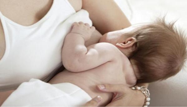breastfeeding098