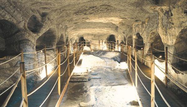 katakomves098