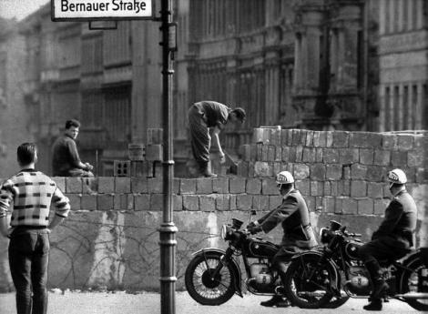 berlin_wall-1961
