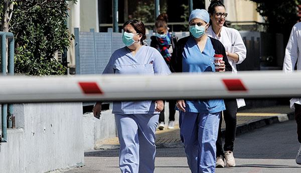 Έκκληση-σοκ από διευθυντή νοσοκομείου! «Οι γιατροί σε λίγο θα διασπείρουν τον ιό»